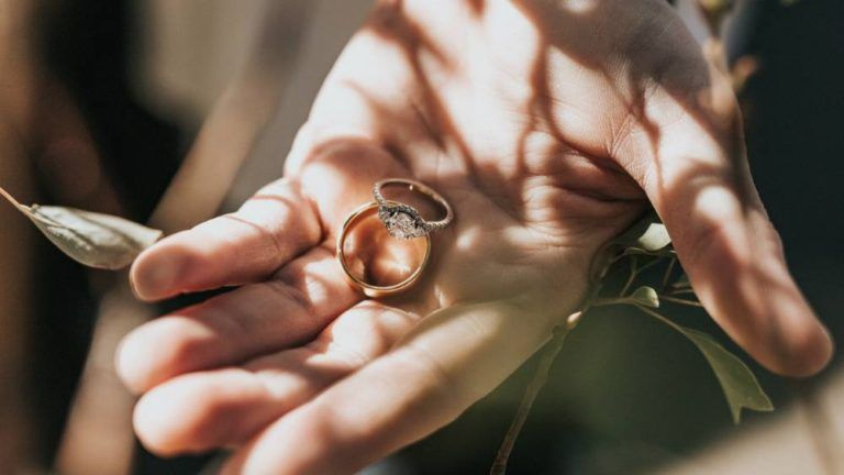 Ring Types And Their Symbolism Buying An Engagement Ring