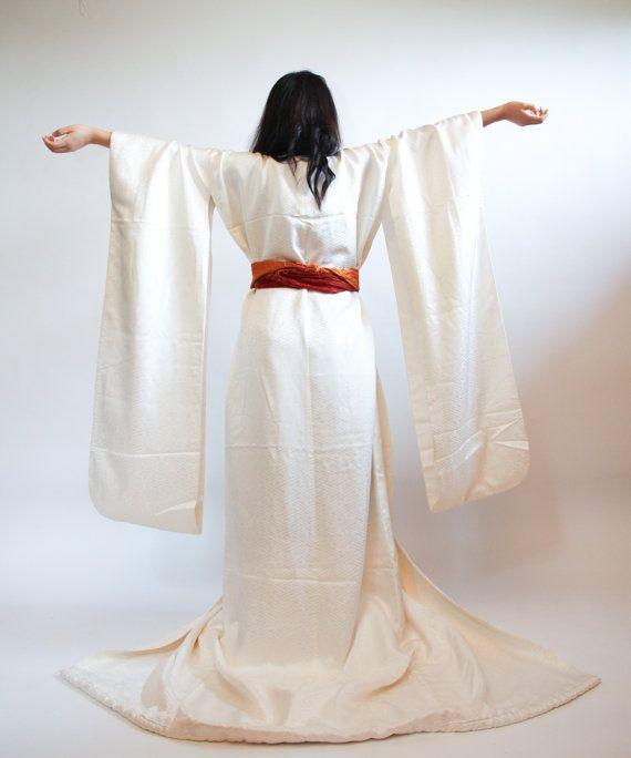 Japanese White Shiro Kakeshita Wedding Kimono By Cjstonbo On Etsy 370 00 Wedding Kimono Vintage Kimono Bridal Jacket