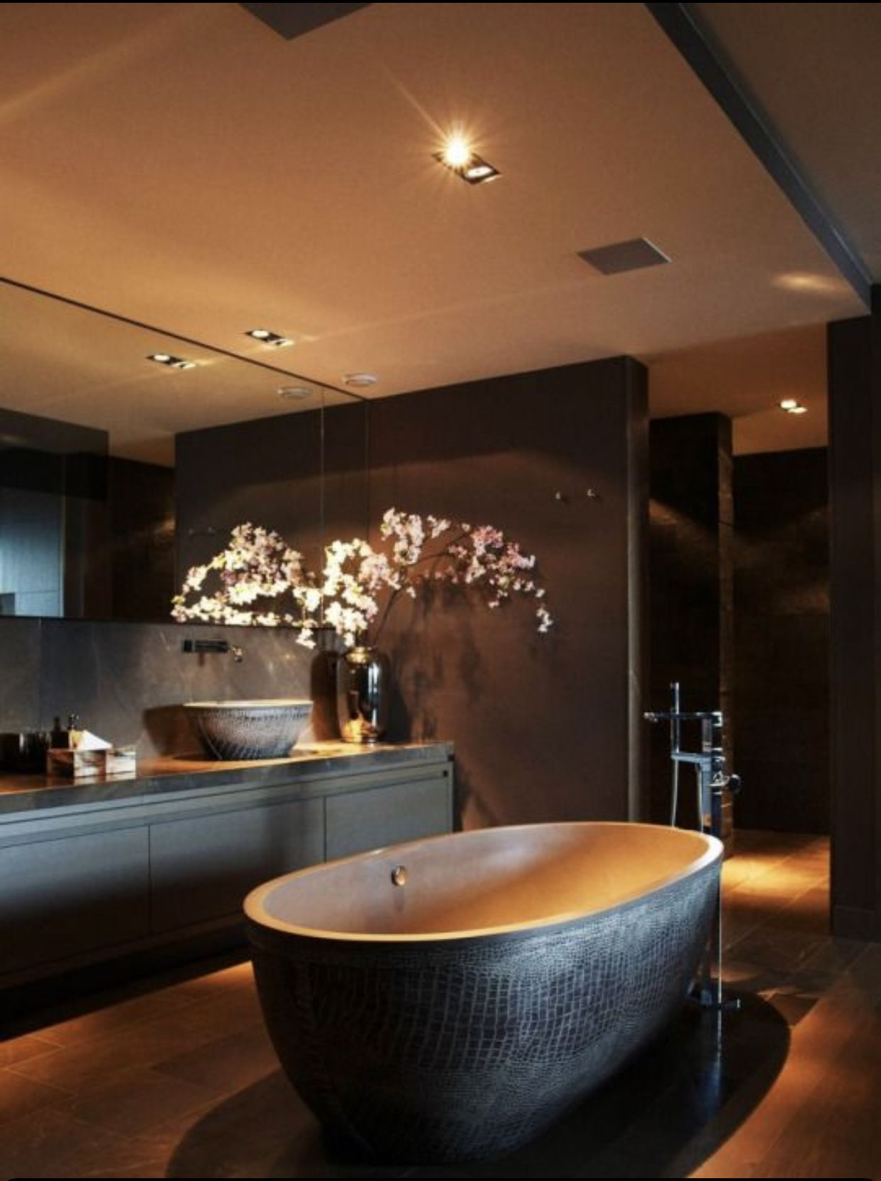 Crazy bathroom luxury in 2020 | Bathroom design luxury ...