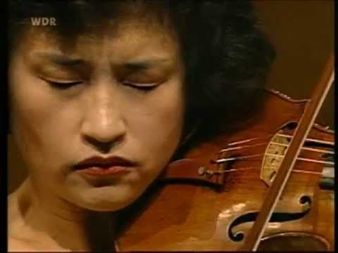 Kyung Wha Chung plays Brahms violin concerto (1996)  True Talent...!!
