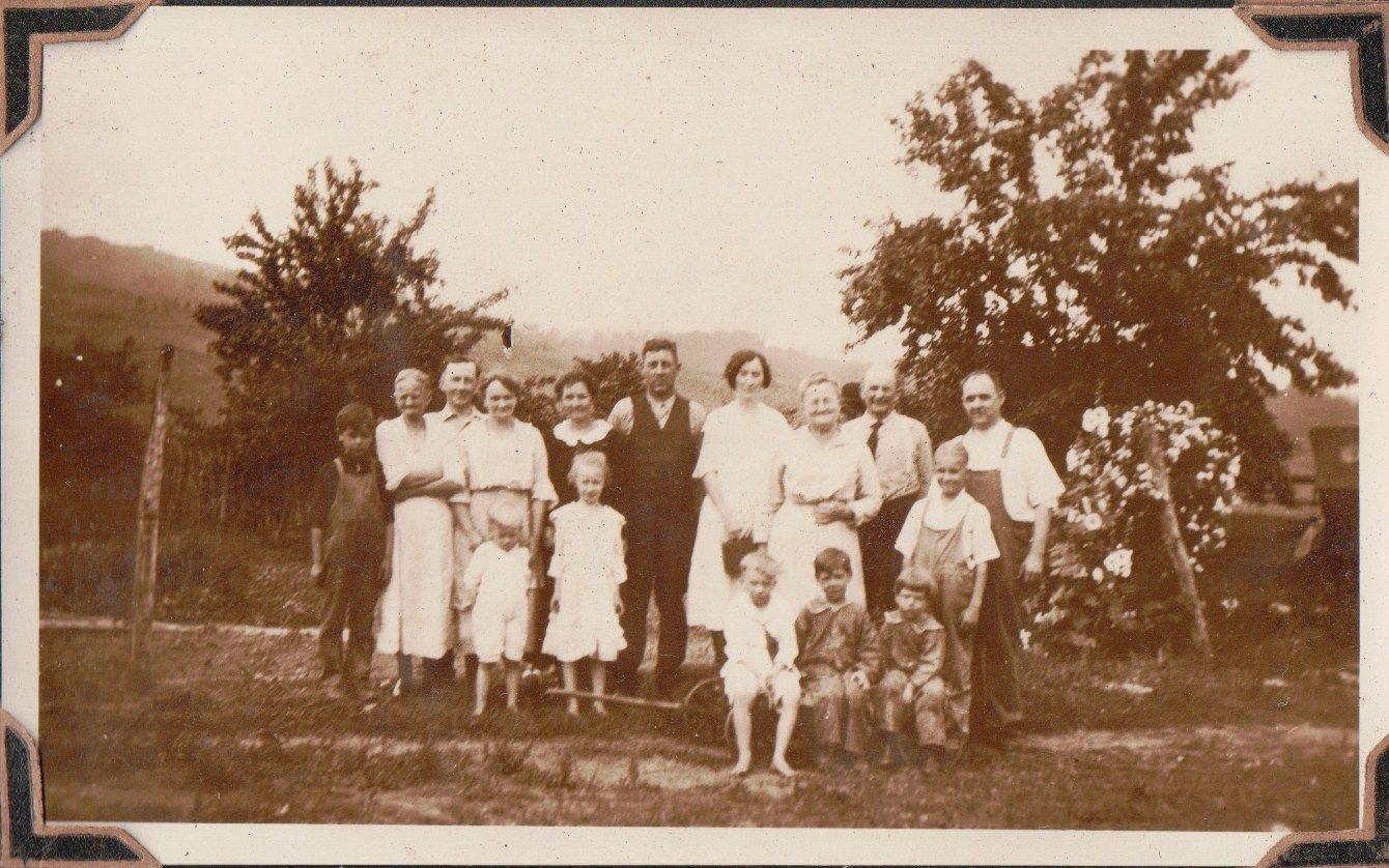 Mr. & Mrs. Huron Grove and their children Ray, Frank, and Bobbie. Mr. & Mrs. B. F. Grove, Homer Grove and son Donald, Mrs. Kurtz, Mr. & Mrs. James Grove and three children Florine, Ralph, and Allen Dean, and Martha Grove.