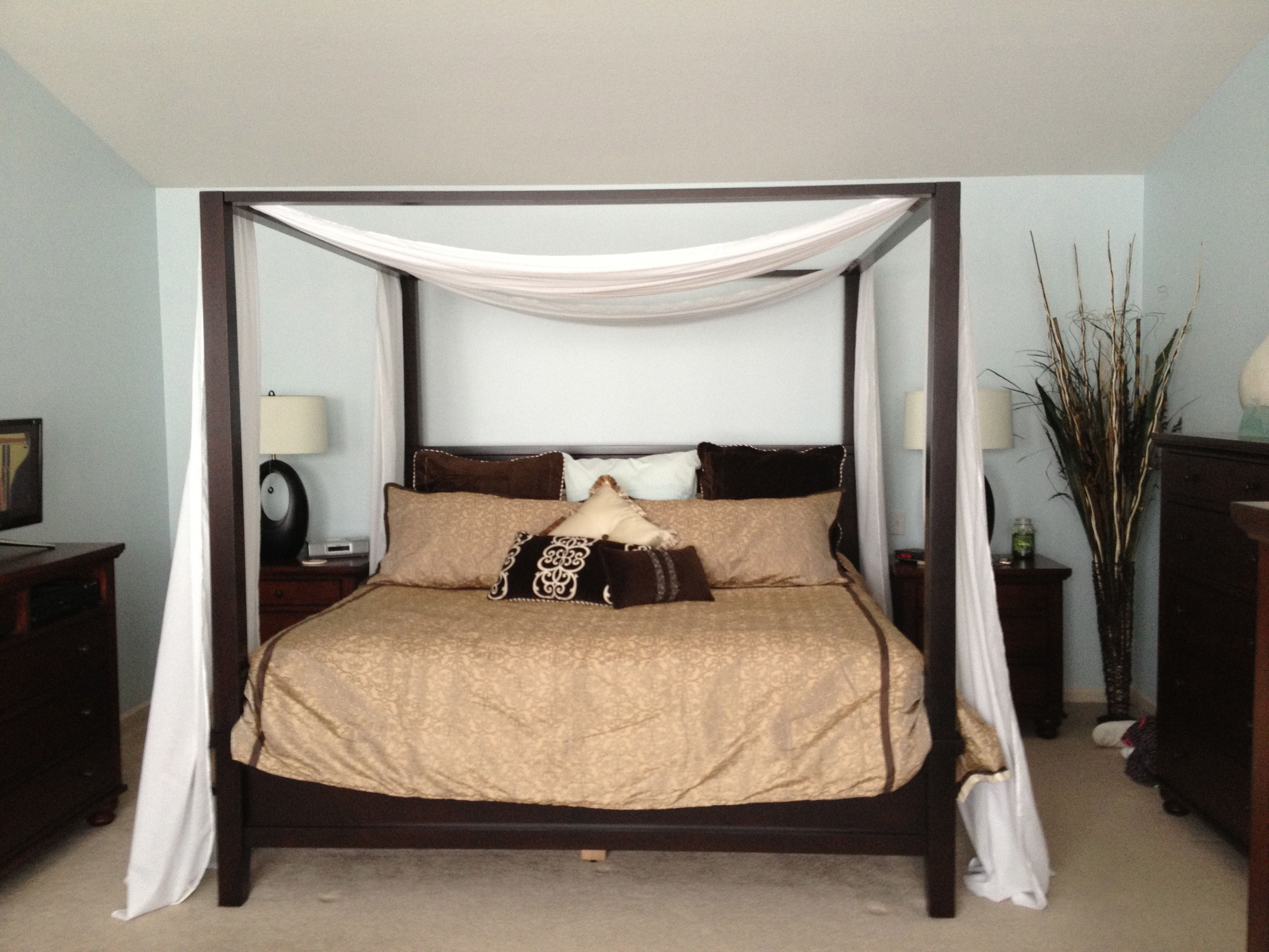 Farmhouse King Canapy Bed by Pottery Barn Dreams beds
