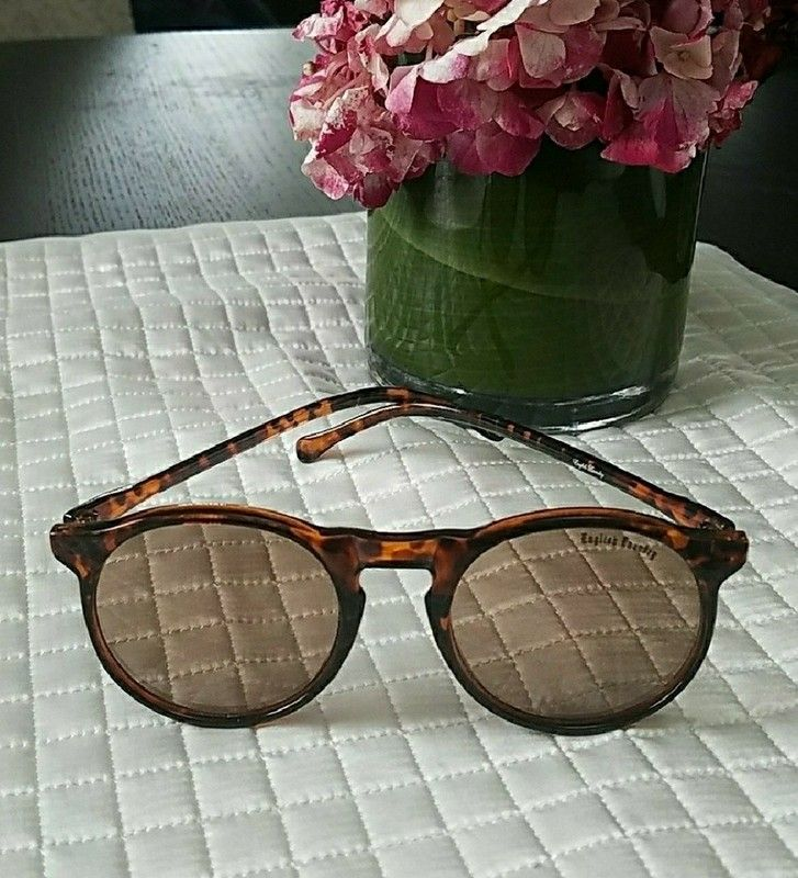 03b4b25e2e English Laundry Brown   Tortoise Sunglasses
