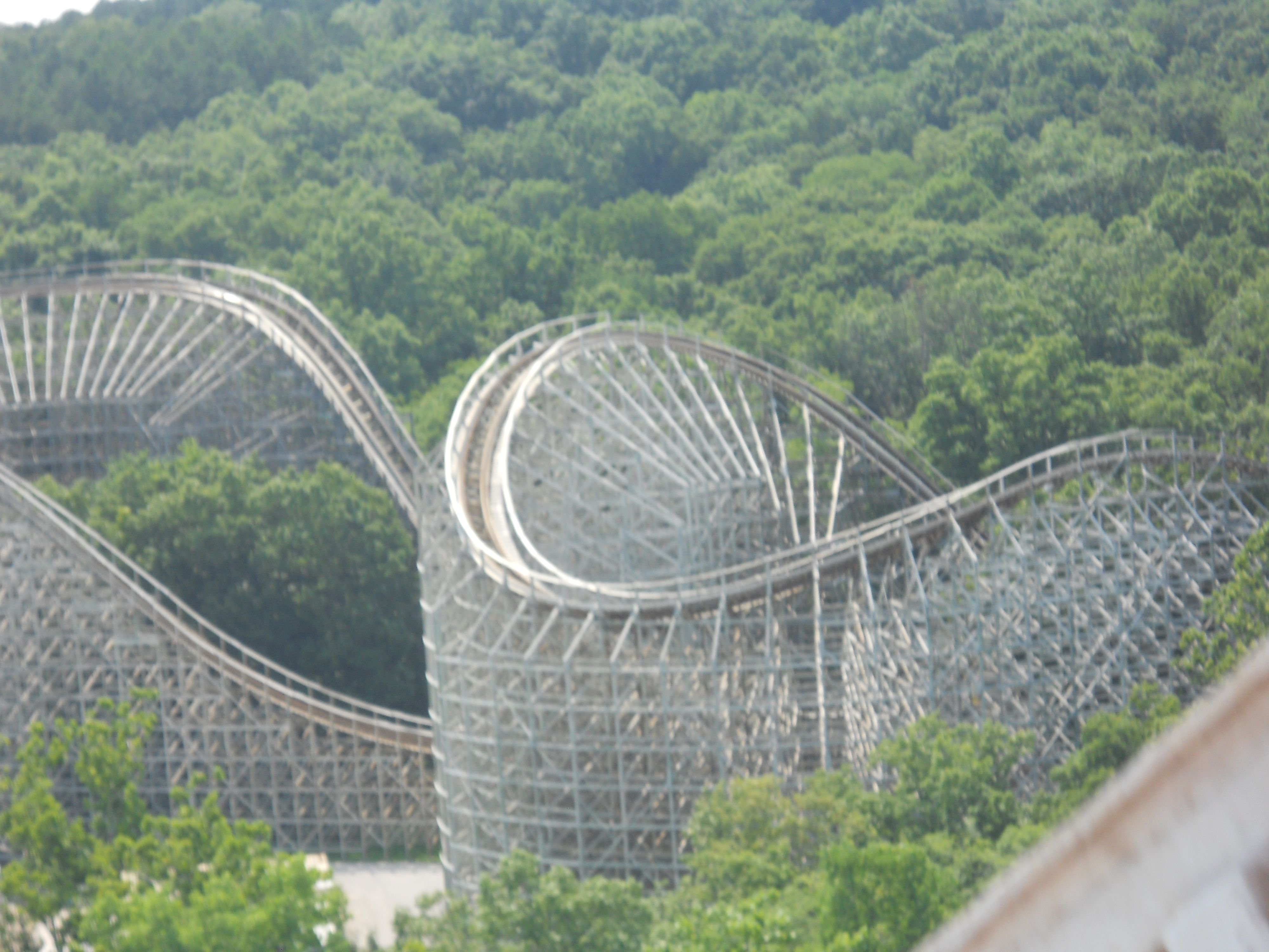 The Boss Six Flags St Louis Mo Huge Fast Woodie Amusement Park Rides Roller Coaster Thrill Ride