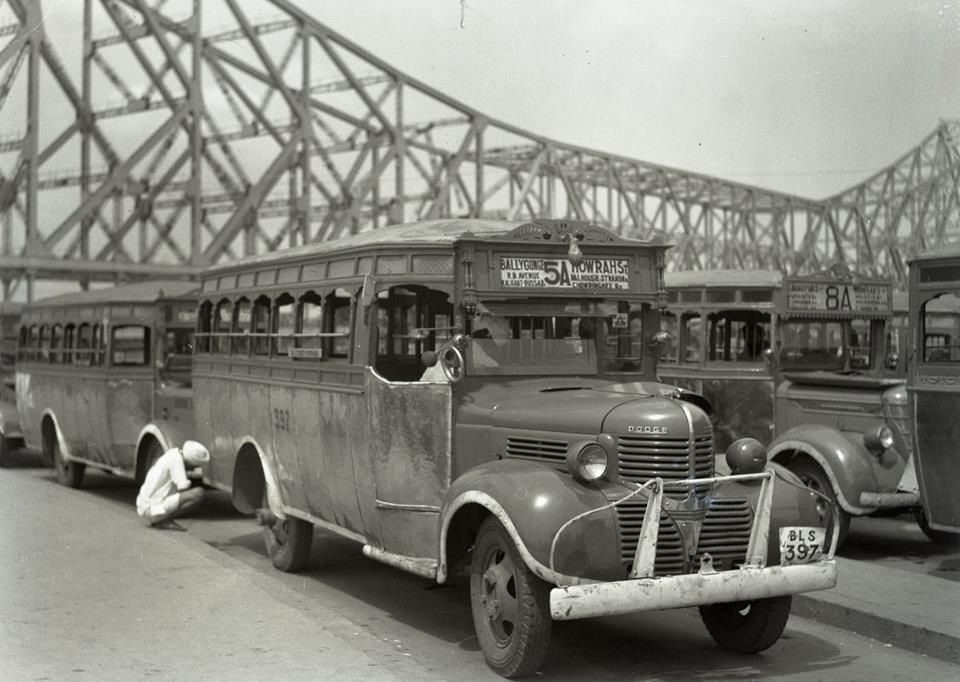 Dodge bus in 1950s Kolkata [Calcutta] India | Buses, trucks, vans