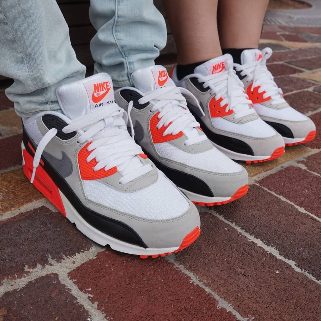 new products 4c95b 4403a Finally found kicks with my favorite classic Airmax 90s infrared.   Nakanarilife  nakanarikicks  airmax90  airmaxinfrared  sneakerreview  nike   youtuber ...