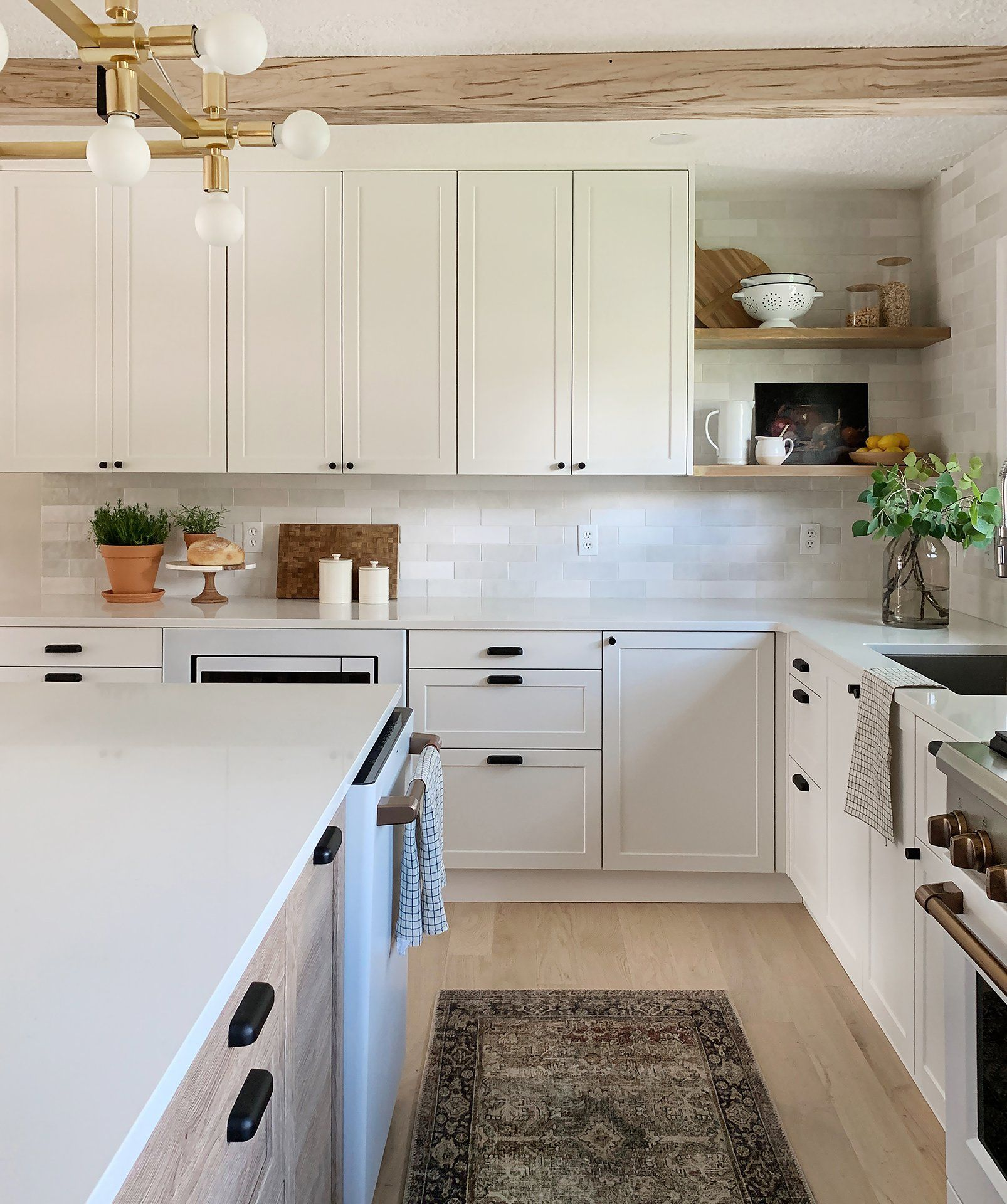 Beautiful And Functional Kitchen With Chris Loves Julia S Cove Shaker Kitchen Kitchen Remodel Functional Kitchen