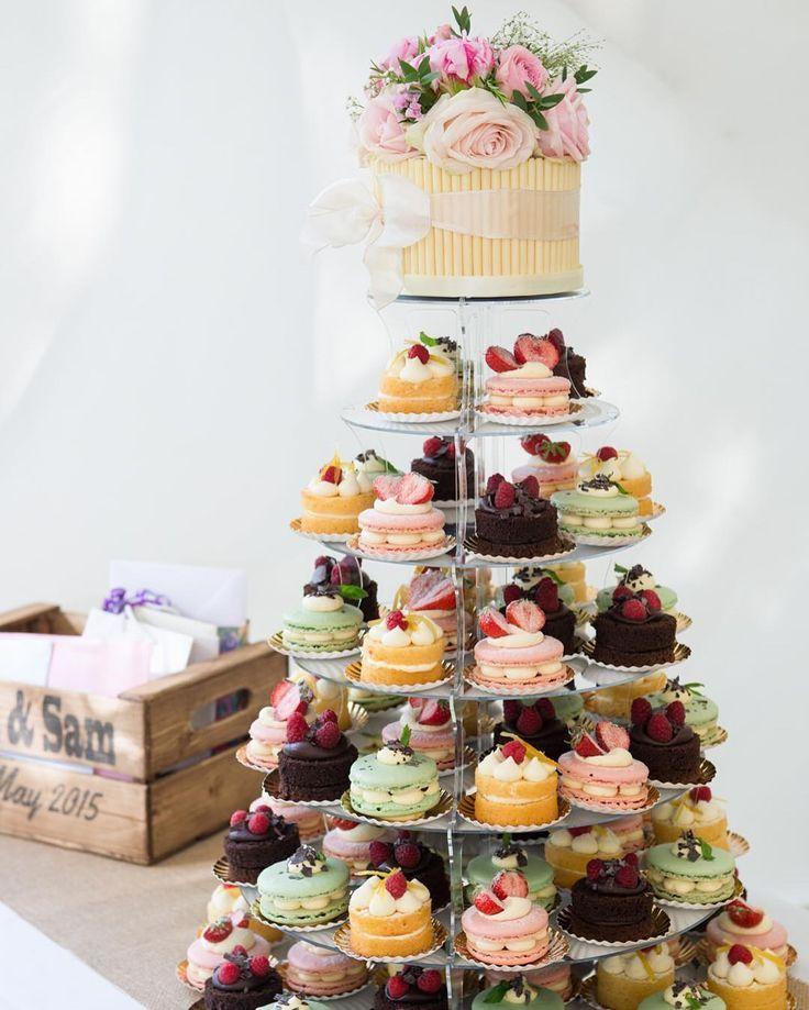 Leckere Kuchen für eine schöne Hochzeit zu Hause von Besonders Amy Cakes von @lep … – Bilder Hochzeit