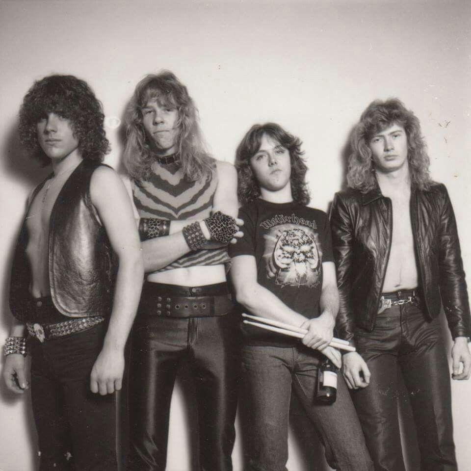 Bassist Metallica Pertama Ron McGovney Posting Foto Kartu Nama Asli Jaman Jadulnya Metallica