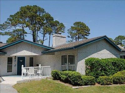 VRBO.com #181292 - One of Jekyll's Top Ten Rental Houses - The Beach 75 Yards!