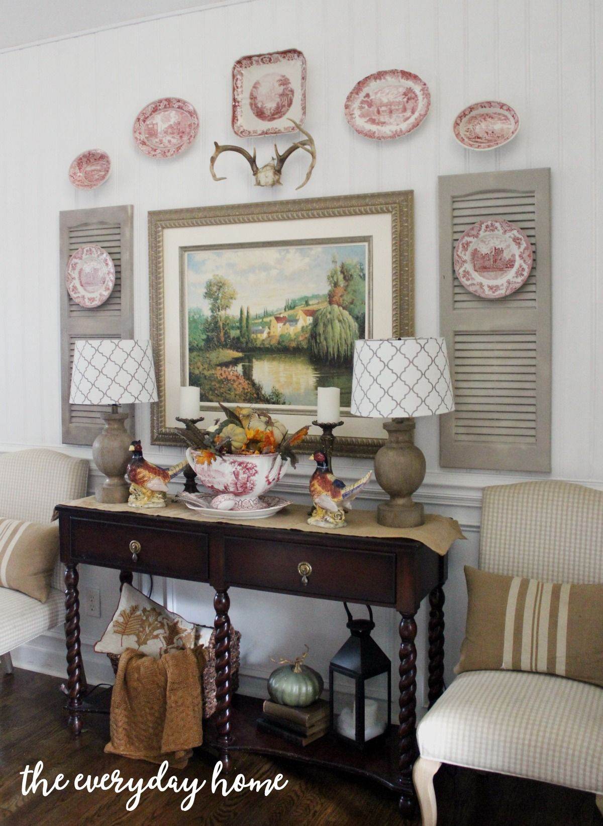 A Southern Homes Dining Room For Fall - The Everyday