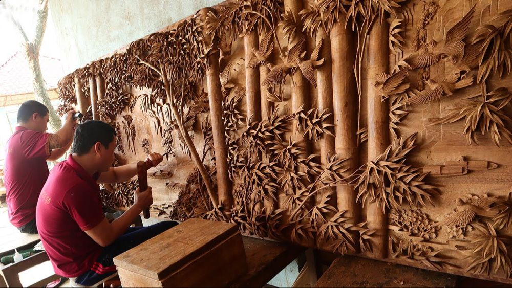 Amazing skill to Sculpture of Giant Wooden Painting 3m long