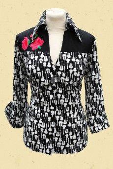 c5919e3f4fbbeb Talulabelle tricot getailleerde shirt blouse gitaren zwart wit guitar black  white print Dolly Parton meets rock