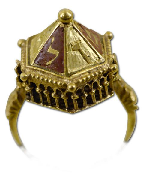 Jewish wedding ring Chased and enameled gold and filigrees early