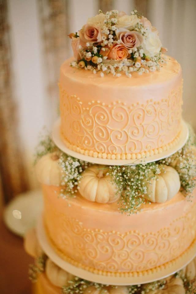 Peach and white mini cakes ...