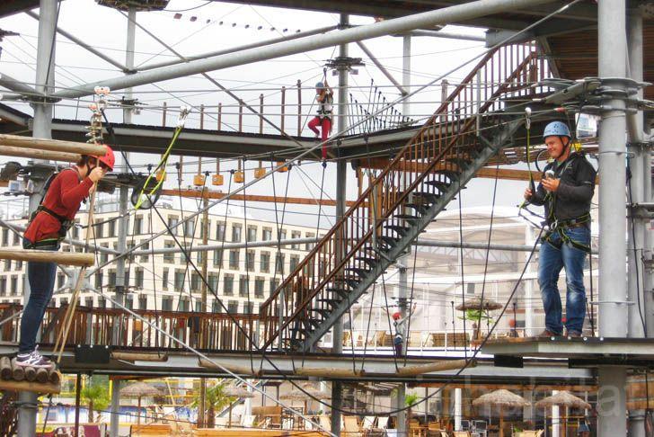 Berlin's High-Flying 'Mount Center' Climbing Park Looks ...