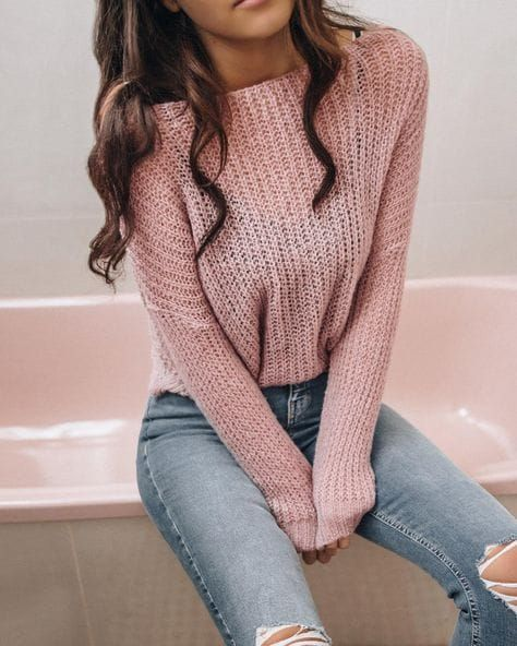 45 Stunning Spring Outfits Perfect For You Check more at https://fashionnn.sirinhali.net/inde...