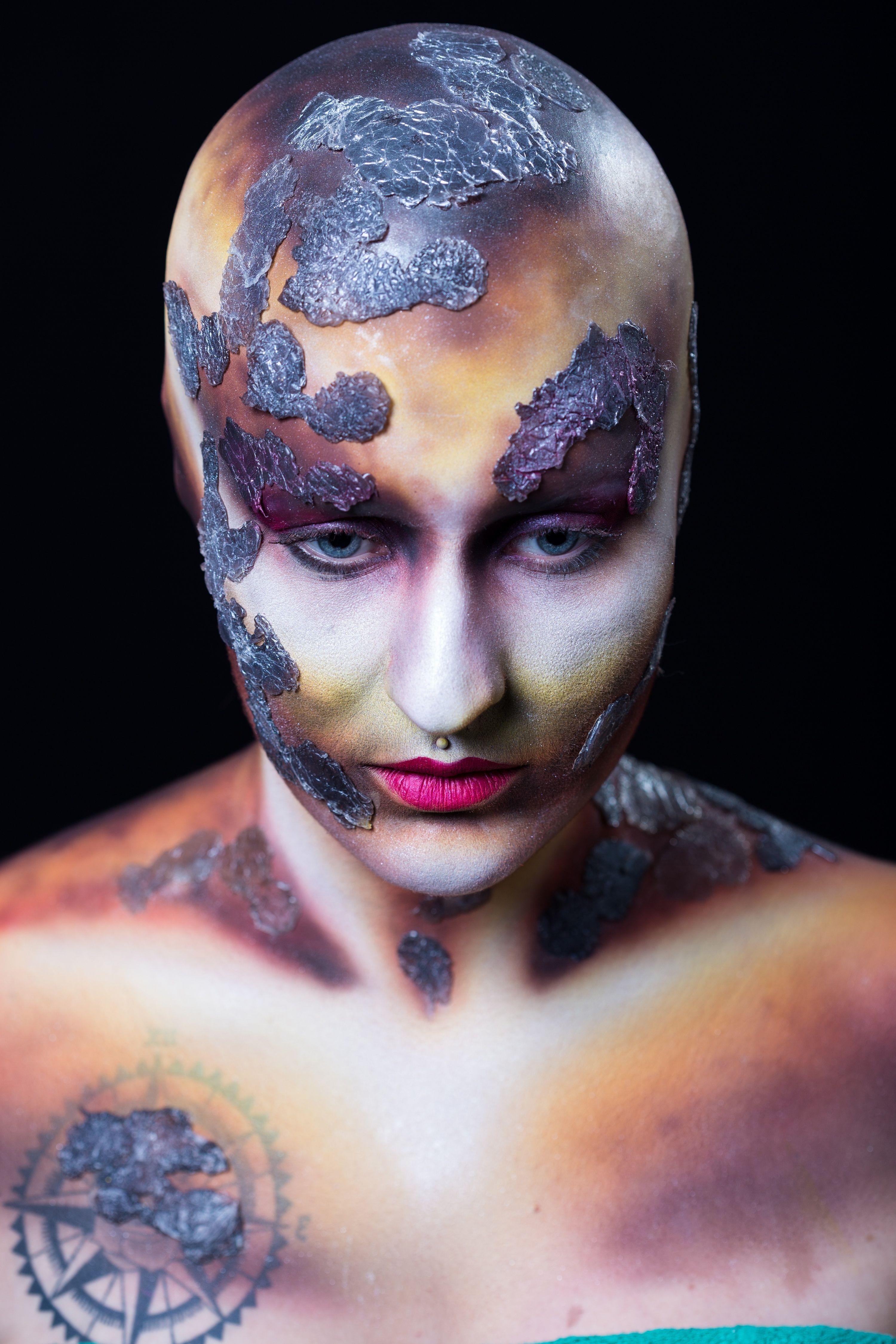 Maquillage artistique à l\'airbrush/aérographe avec pose de faux ...