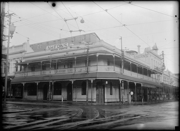 Hotel Perth Corner Of Barrack And Murray Streets