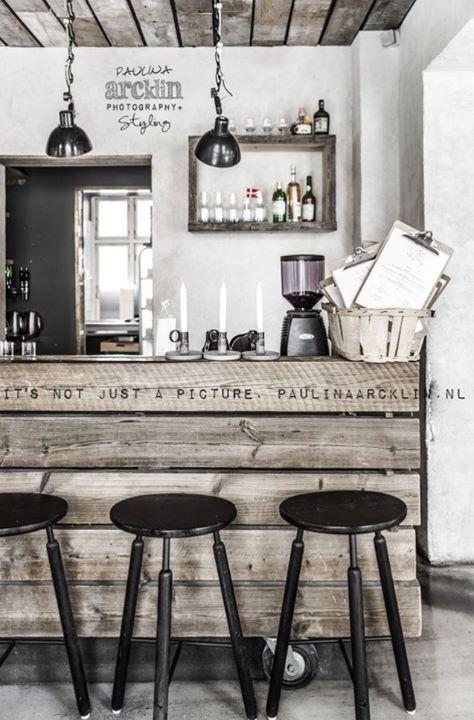 Deco Palette En Bois Pour Une Cuisine Retro Deco Restaurant D 233 Co Int 233 Rieure Idee Deco Interieur