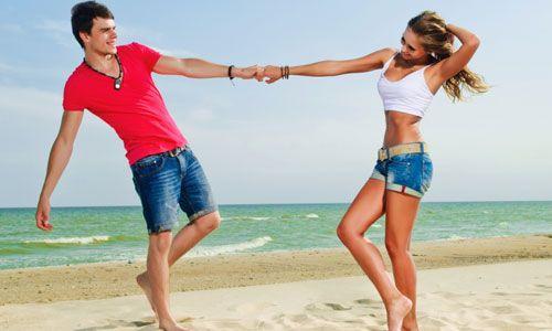 9 Romantic Things He Wants You to Do
