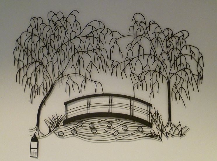 Waaiende bomen met brug wanddecoratie van metaal for Garten wanddeko