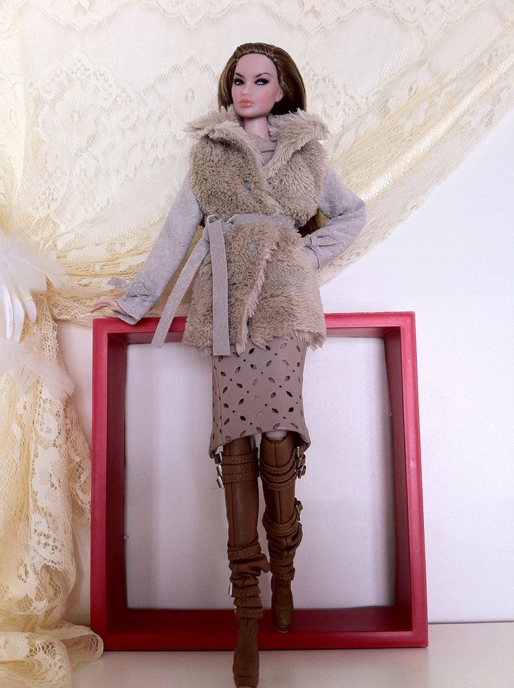 Coat + boots. | Style, Fashion, Paris fashion week