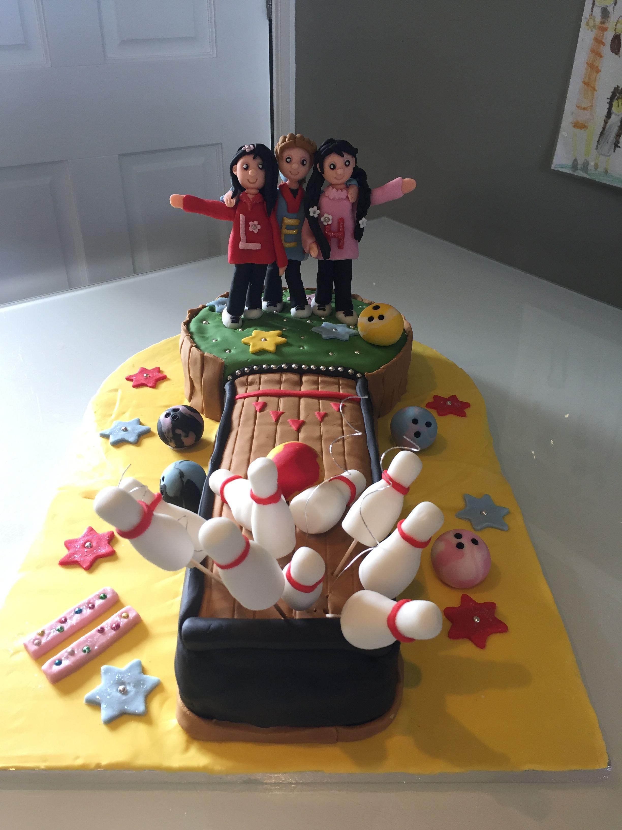 Delanas Cakes: 10 Pin Bowling Cake