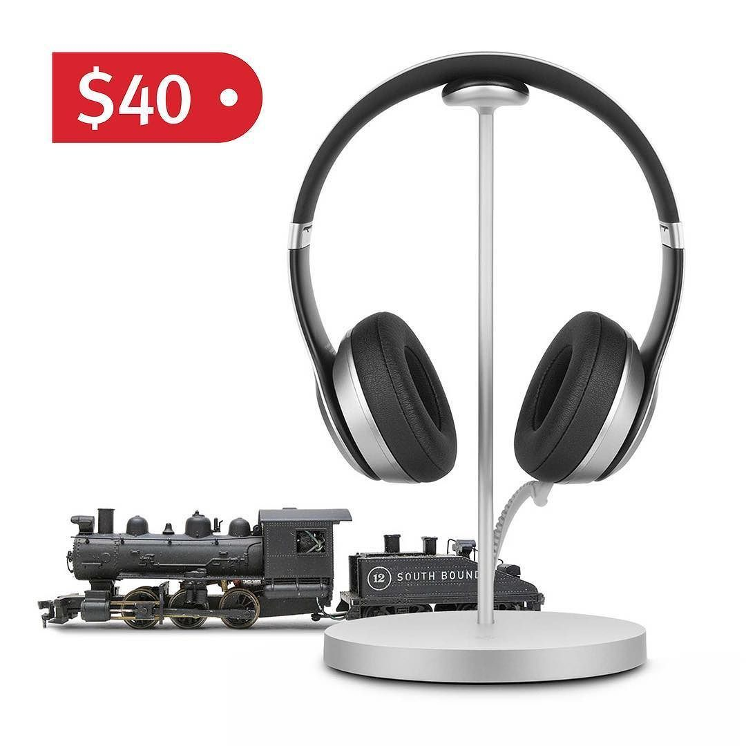 The deals continue! #fermata headphone charging stand is just $40 today only!  #shoptillyoudrop #holiday2017 #treatyoself #appleonly #gadgets #blackfriday2017 #stockingstuffers