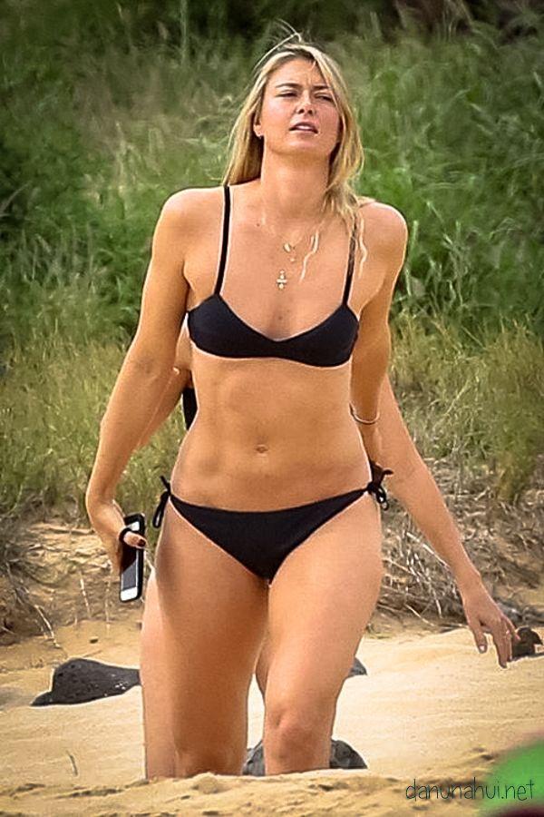 sharapova bikini photos Maria