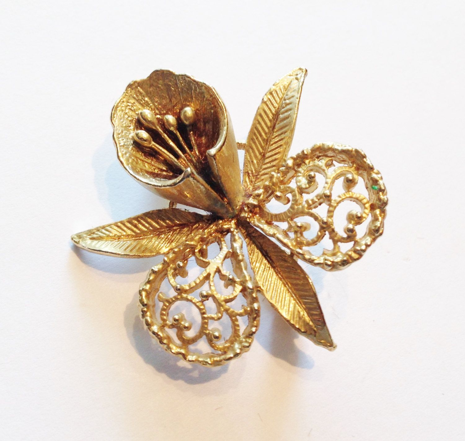 1960's Daffodil brooch, Gold Plated by RetroroxJewellery on Etsy