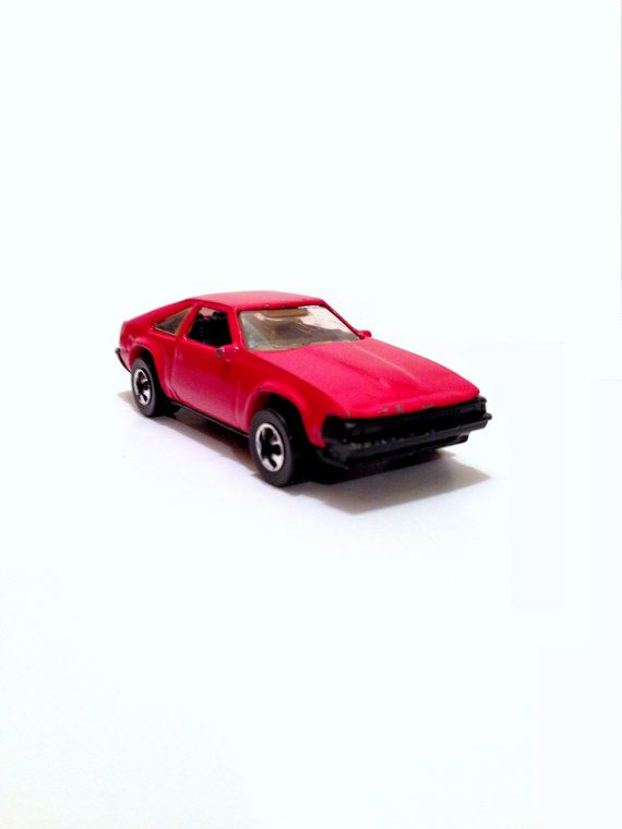 2017ac35b155 1982 Red Supra    Vintage 1982 Hot Wheels Red Supra Collectible Toy ...