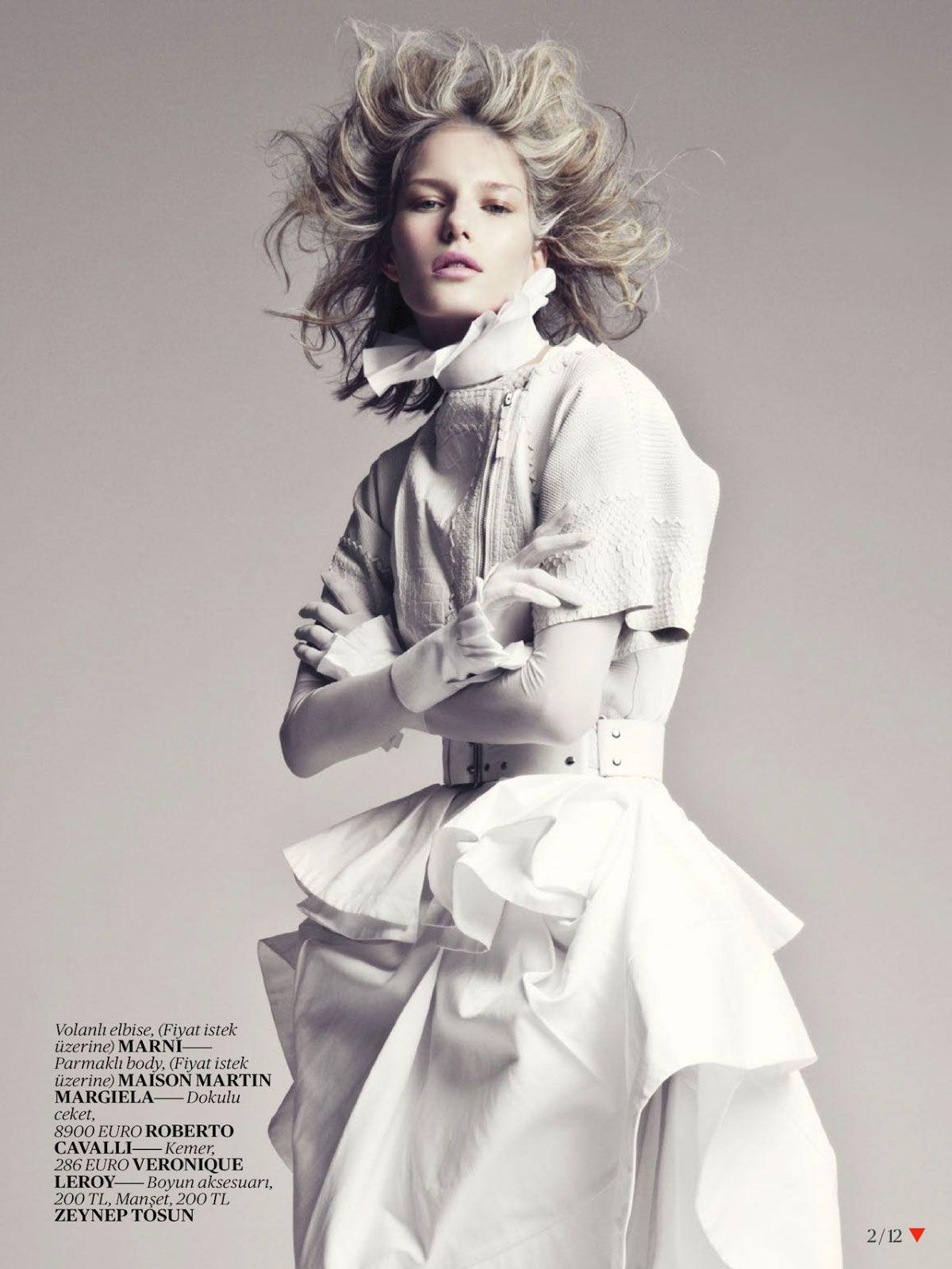 White-Fashion-Editorial-for-Vogue-Turkey-April-2013-1