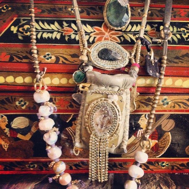 Lorena's neck swag #neckswag #necklace #pearls #evileye #fashionblog #fashion #layering #layerup #artinjewelry #depetra #