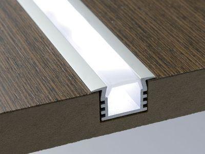 Epingle Par Alexandra I Michel Sur Svet Eclairage Escalier Diy Lampe Deco Led
