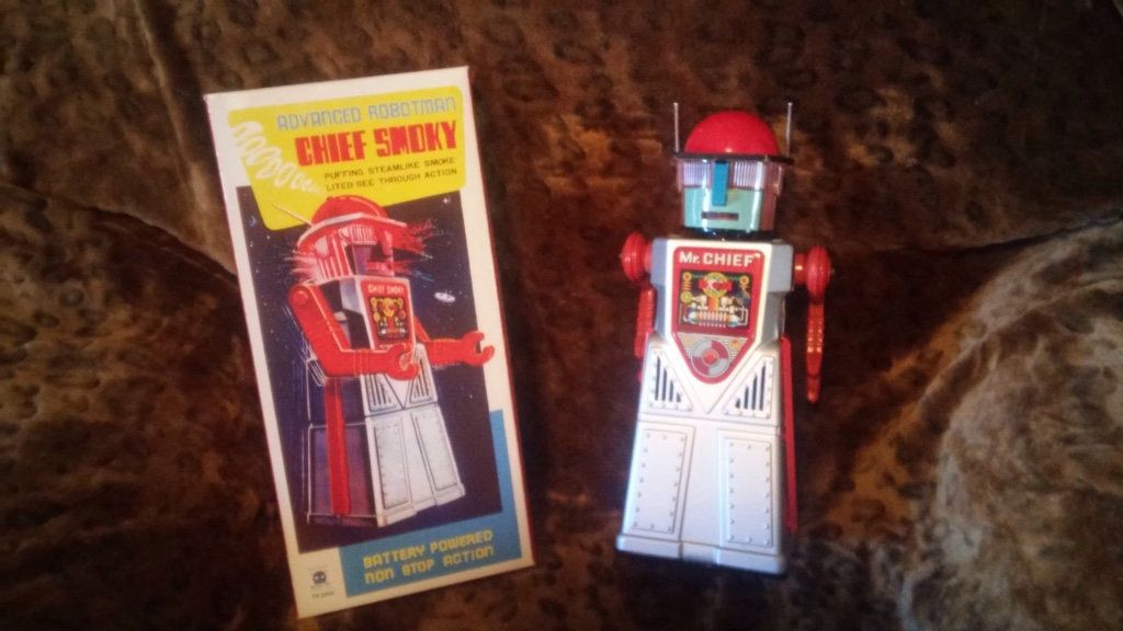 letgo red and gray chief smoky robot toy in Ash Grove
