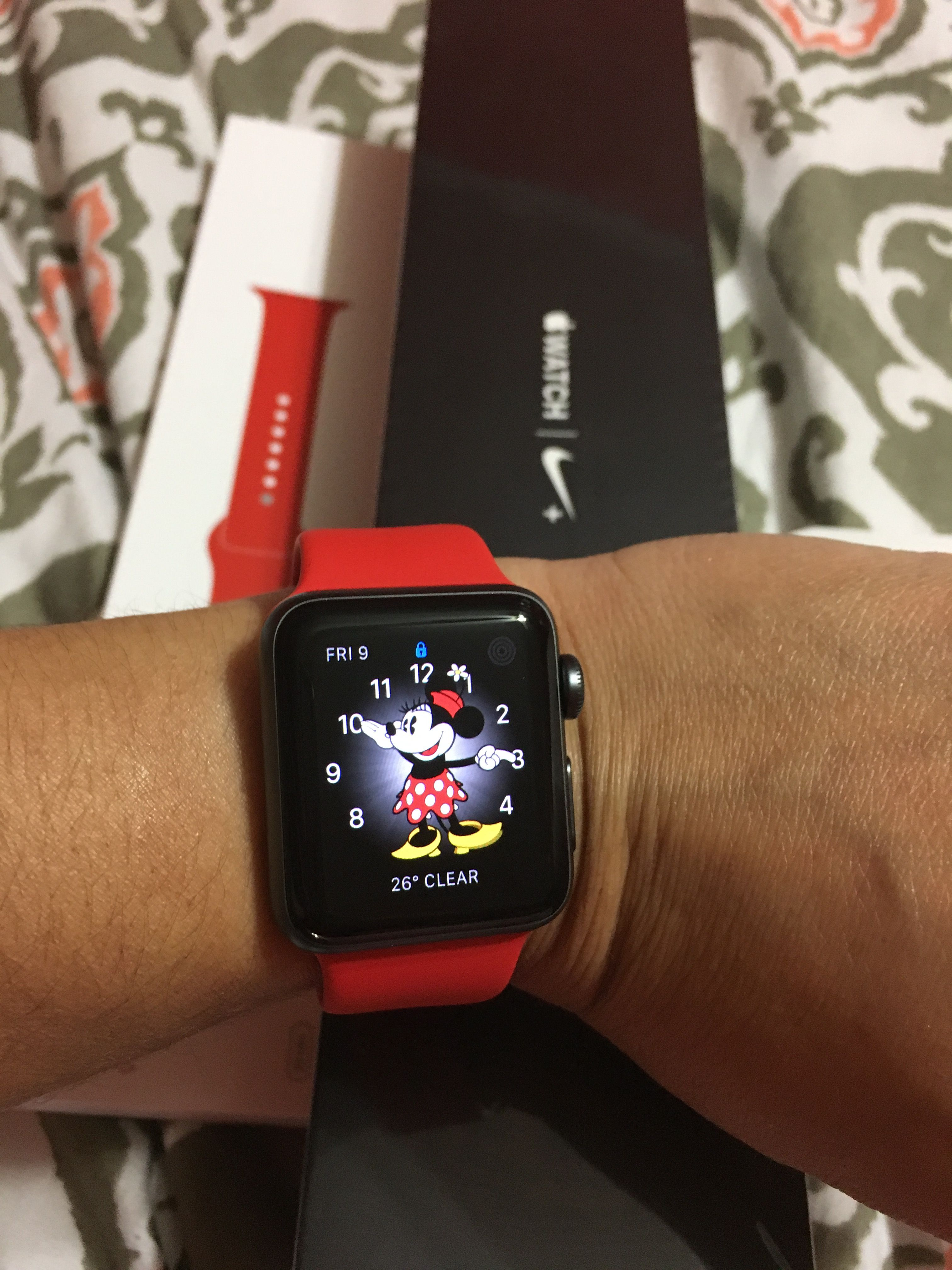 Minnie mouse apple watch Disney mickey and minnie and