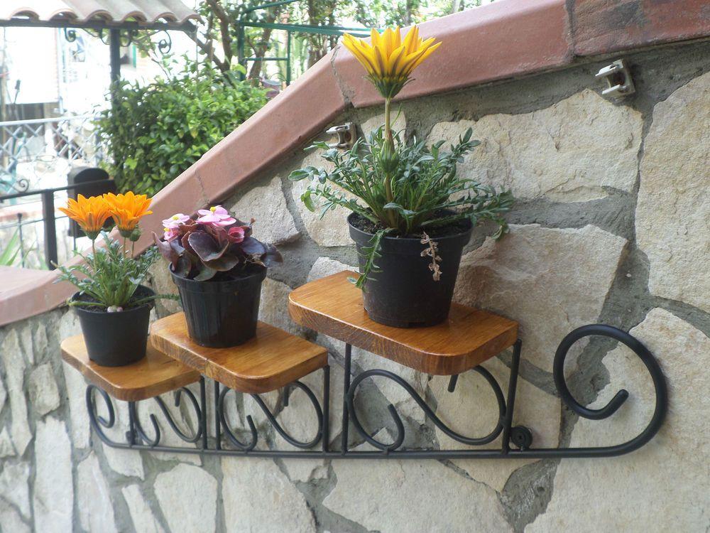 Mensola fioriera porta piante vasetti vasi in ferro - Casa stile country rustico ...