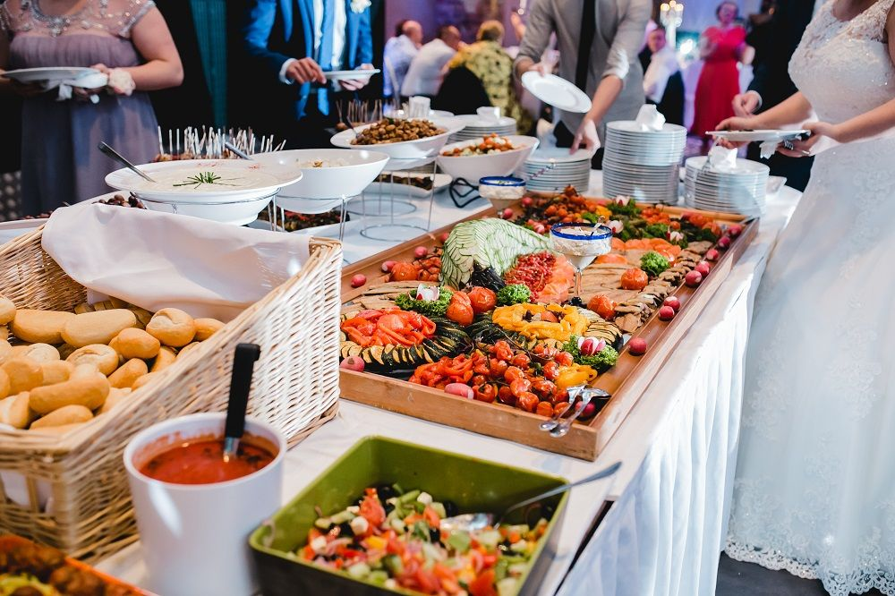 The Need For Wedding Catering In Different Environments in