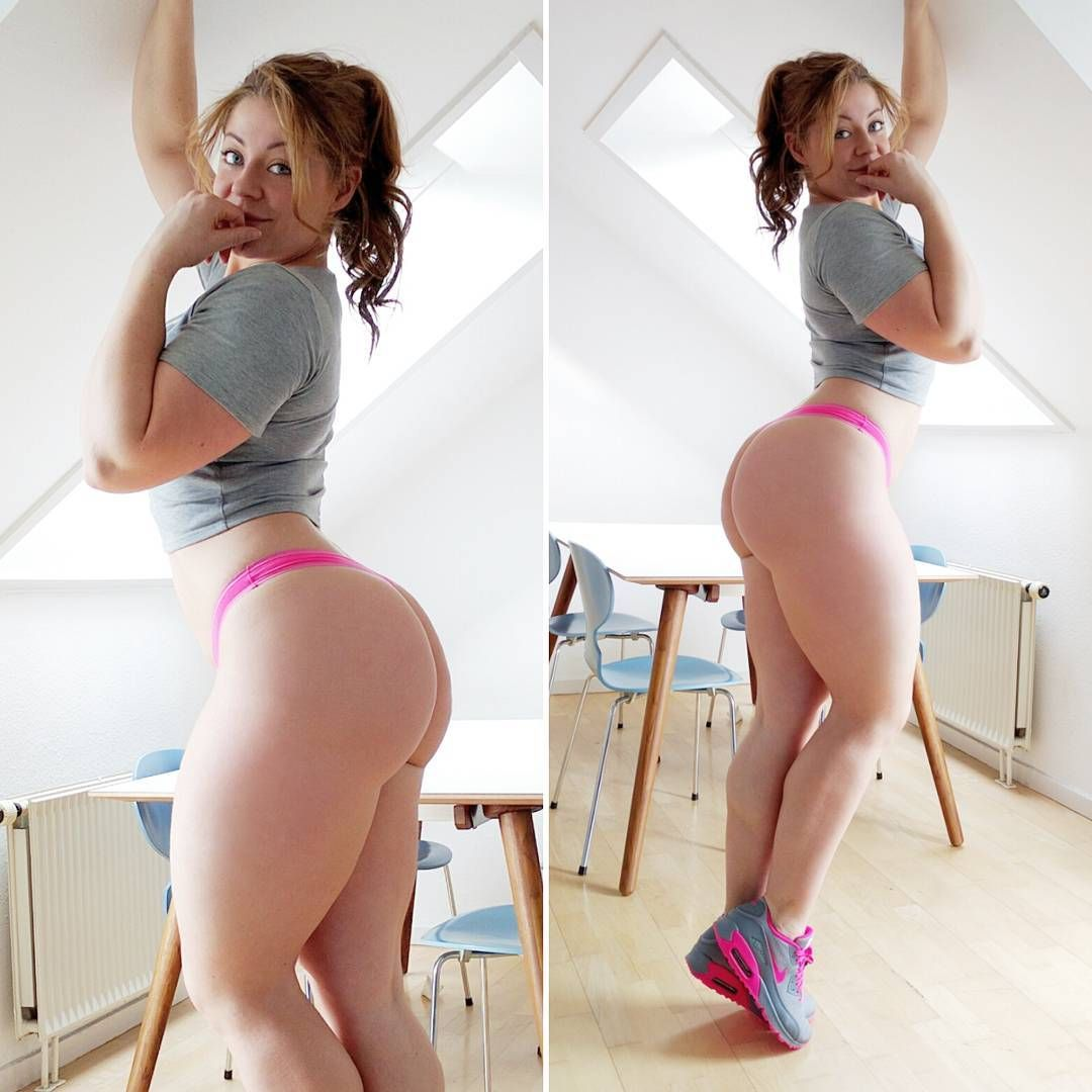 Big Booty White Girl Can't Get Enough Black Cock