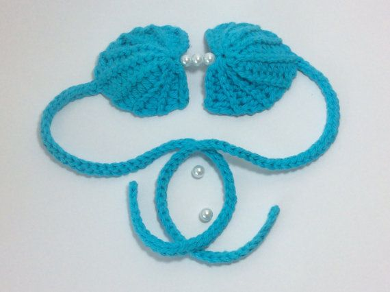Crochet clamshell bikini