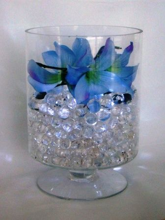 Clear Water Beads In Clear Vase With A Submersible Light And Silk