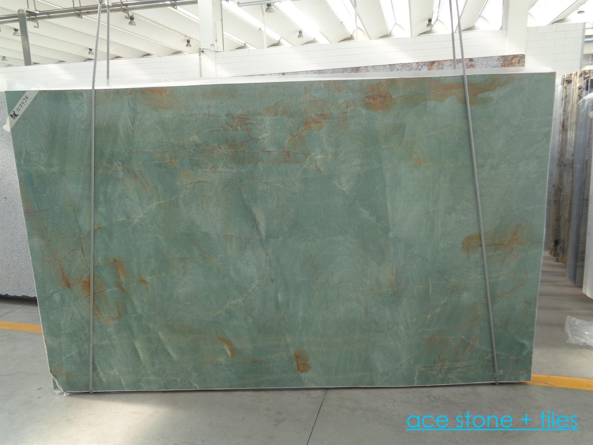 Surprising Emerald Quartzite Suitable For Kitchen Bench Top Surfaces Inzonedesignstudio Interior Chair Design Inzonedesignstudiocom