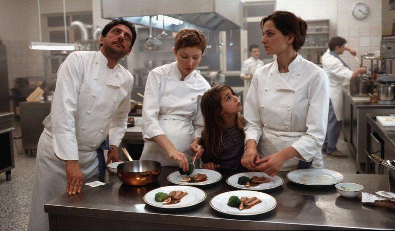 """Repetição é a palavra de ordem em uma cozinha profissional. """"Simplesmente Martha"""" deixa claro que para seguir a profissão, além de dedicação, tem que ter muito amor!"""