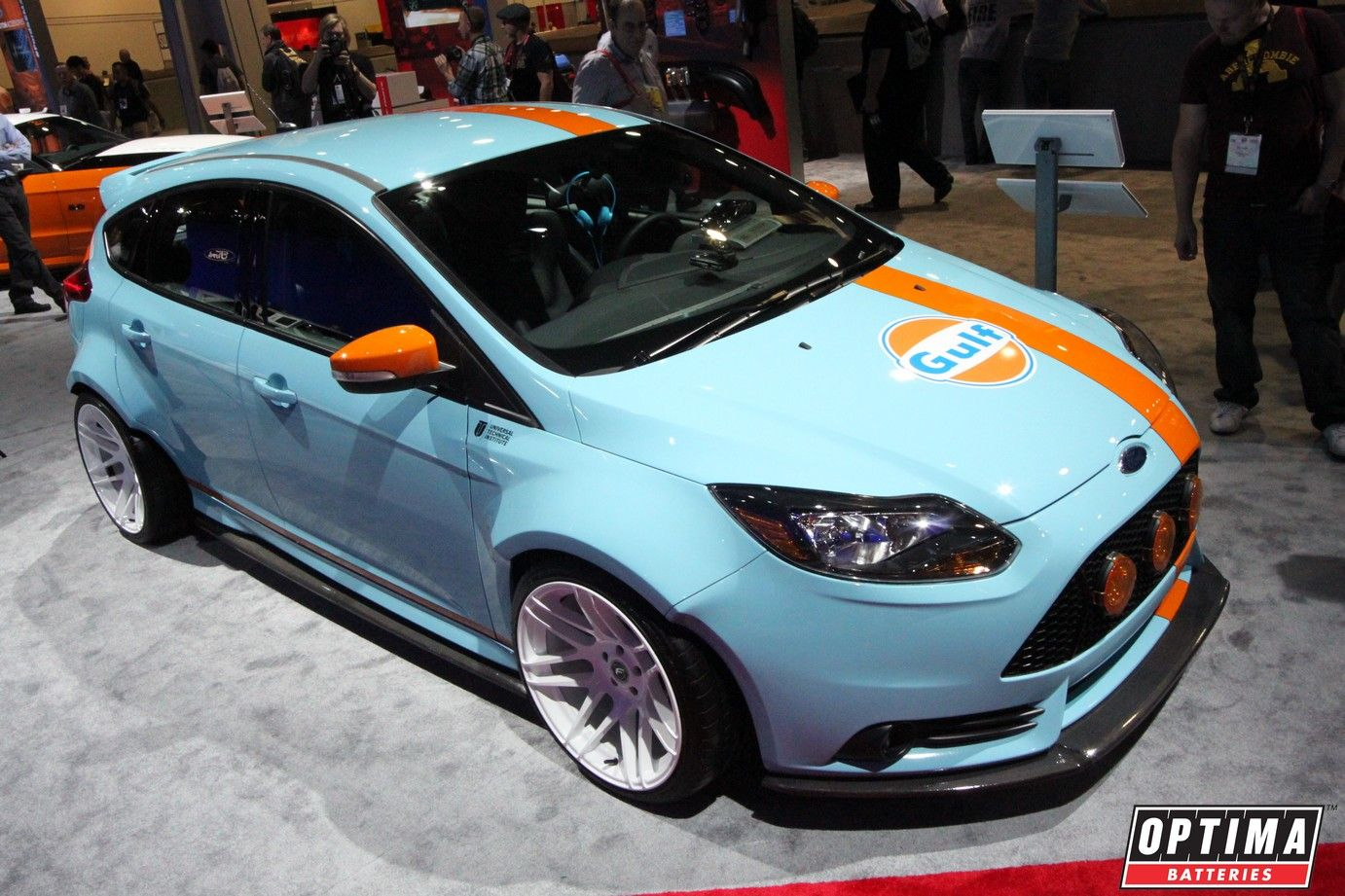 Ford Focus St In Gulf Livery At Sema 2013 Autos Automoviles