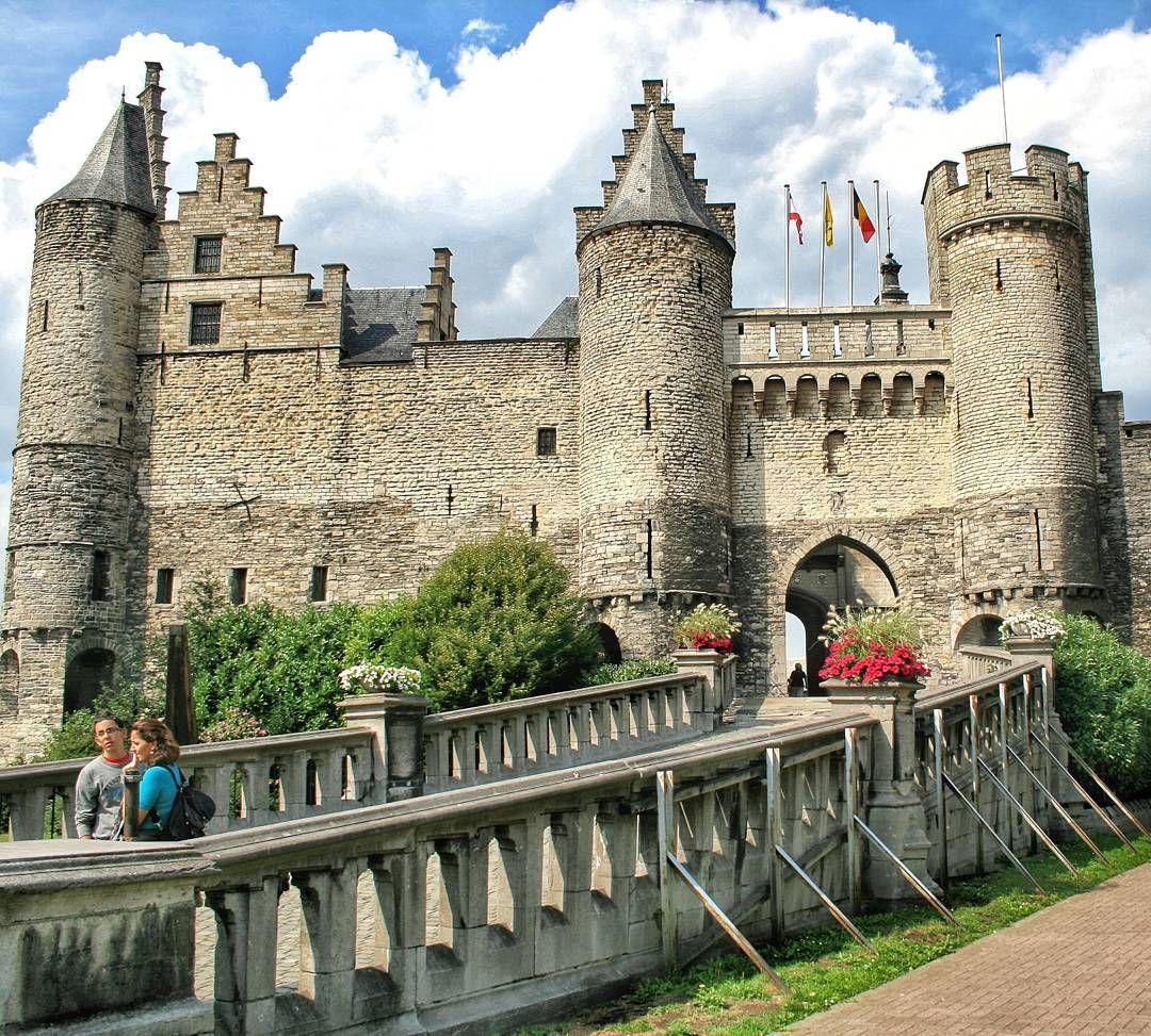 Castillo Steen Amberes Belgium By Josemanumolina Mit Bildern Burg Burgen Und Schlosser Schlosser