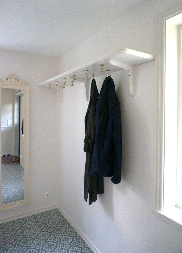 platsbyggd hatthylla My home Pinterest Inredning, Hall och Hallar