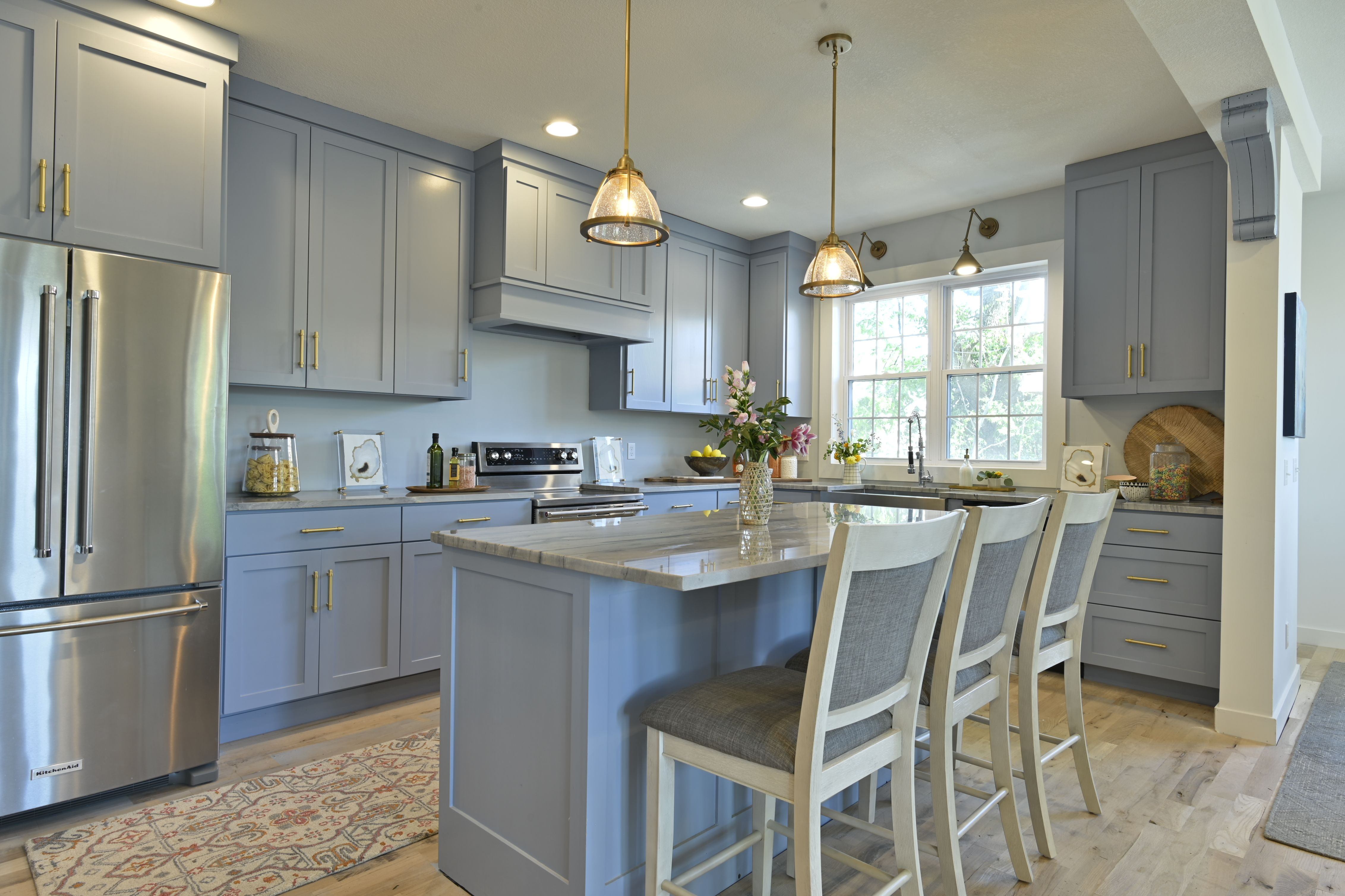 Bargain Mansion In 2020 Painted Kitchen Cabinets Colors Blue Kitchen Cabinets Kitchen