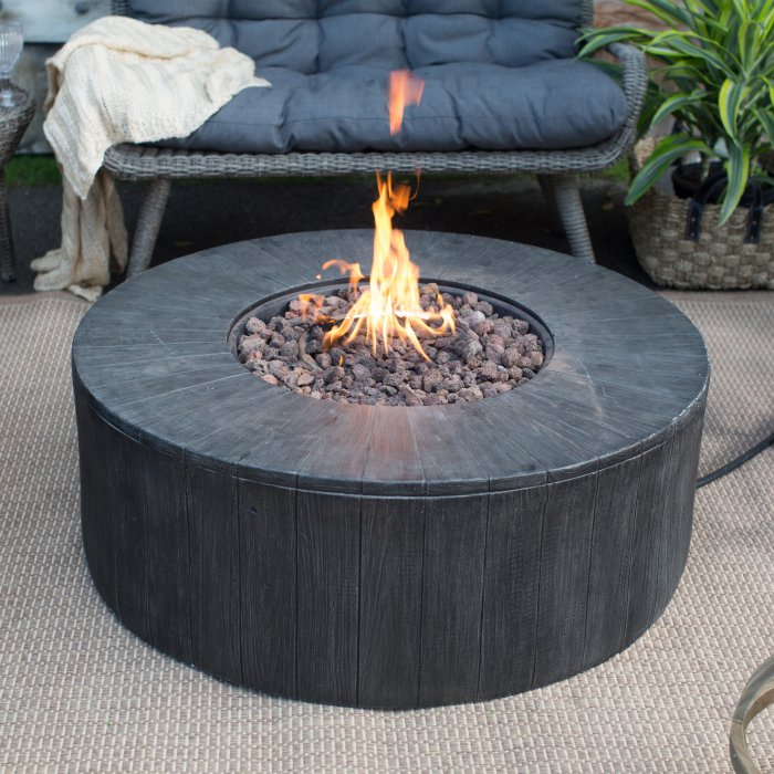 Belham Living Rio Wicker Conversation Set With Whitehall 40 In Gas Fire Pit Hayneedle Gas Firepit Wicker Conversation Sets Fire Pit