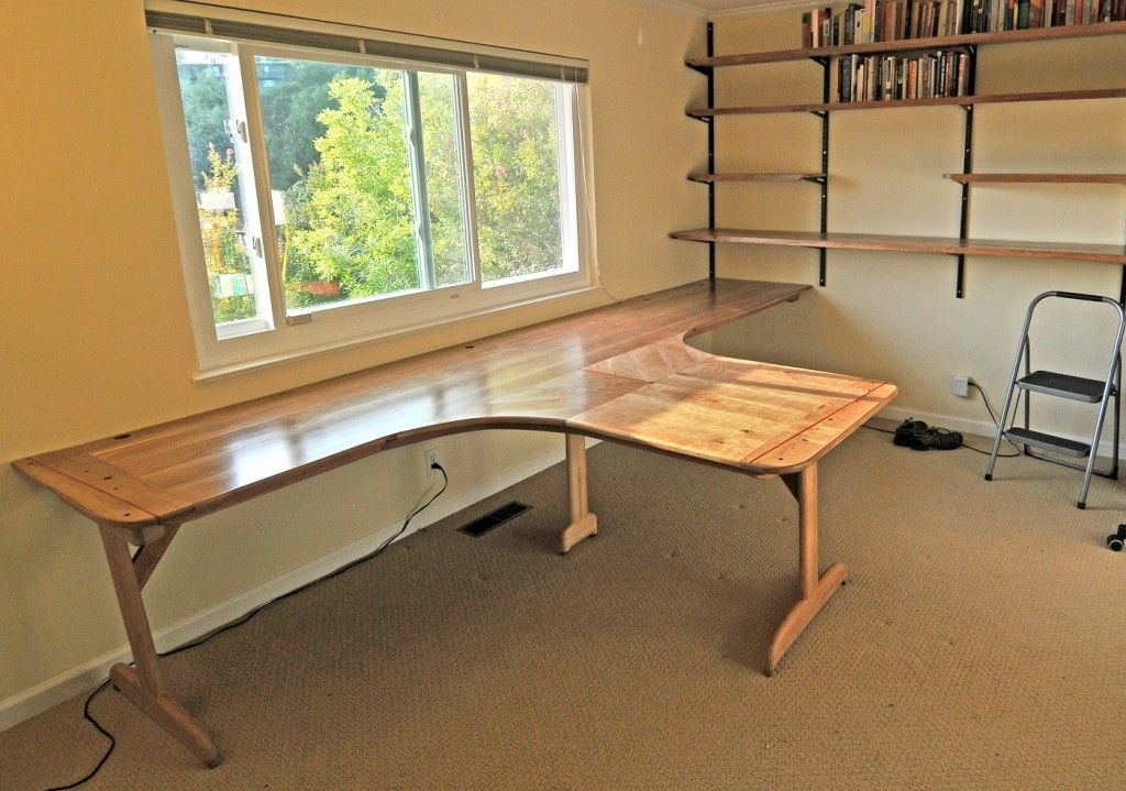 T Shaped Office Desks  Best T Shaped Desk Plans  Shaped